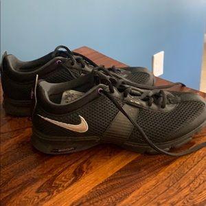 Nike zoom training tennis shoes
